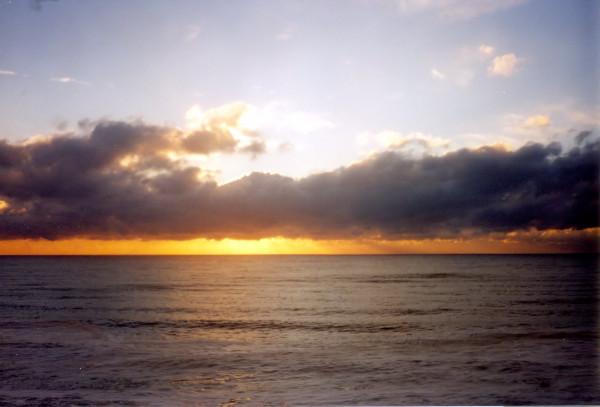 Ault (Somme - 80460) [2000] (Photo de Didier Desmet) Coucher de soleil Argentique [Artiste Infirme Moteur Cérébral] [Infirmité Motrice Cérébrale] [IMC] [Paralysie Cérébrale] [Cerebral Palsy] [Handicap]