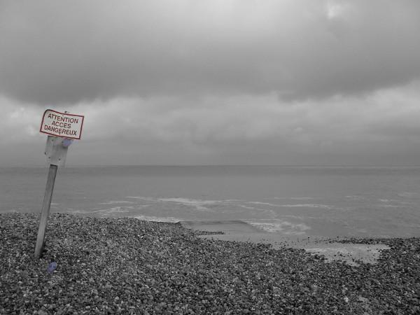 Cayeux-sur-mer - Descente près du sémaphore (Somme - 80410) [2011] (Photo de Didier Desmet) [Artiste Infirme Moteur Cérébral] [Infirmité Motrice Cérébrale] [IMC] [Paralysie Cérébrale] [Cerebral Palsy] [Handicap]