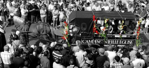 Cayeux-sur-mer - La fête des fleurs du 15 aot 2011 (Somme - 80410) [2011] (Photo de Didier Desmet) [Artiste Infirme Moteur Cérébral] [Infirmité Motrice Cérébrale] [IMC] [Paralysie Cérébrale] [Cerebral Palsy] [Handicap]