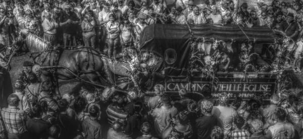 Cayeux-sur-mer - La fête des fleurs du 15 aot 2011 (Somme - 80410) [2011] (Photo de Didier Desmet) HDR [Artiste Infirme Moteur Cérébral] [Infirmité Motrice Cérébrale] [IMC] [Paralysie Cérébrale] [Cerebral Palsy] [Handicap]
