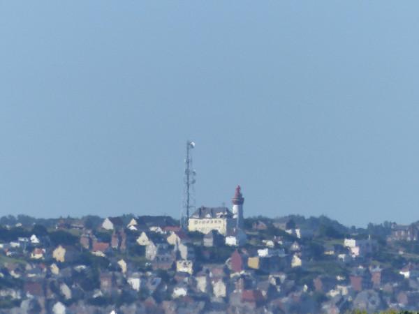 Cayeux-sur-mer - La ville d`Ault vue du Hâble d`Ault - Mirage (Somme - 80410) [2018] (Photo de Didier Desmet) [Artiste Infirme Moteur Cérébral] [Infirmité Motrice Cérébrale] [IMC] [Paralysie Cérébrale] [Cerebral Palsy] [Handicap]