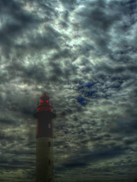 Cayeux-sur-mer - Le phare (Brighton) (Somme - 80410) [2011] (Photo de Didier Desmet) HDR 2 [Artiste Infirme Moteur Cérébral] [Infirmité Motrice Cérébrale] [IMC] [Paralysie Cérébrale] [Cerebral Palsy] [Handicap]