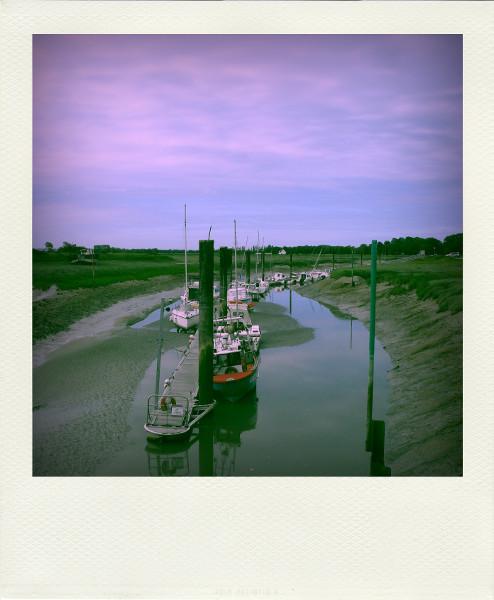 Cayeux-sur-mer - Le port du Hourdel (Somme - 80410) [2011] (Photo de Didier Desmet) Bateaux Aot Pola [Artiste Infirme Moteur Cérébral] [Infirmité Motrice Cérébrale] [IMC] [Paralysie Cérébrale] [Cerebral Palsy] [Handicap]