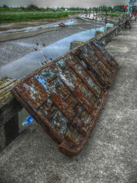 Cayeux-sur-mer - Le port du Hourdel (Somme - 80410) [2011] (Photo de Didier Desmet) HDR 3 [Artiste Infirme Moteur Cérébral] [Infirmité Motrice Cérébrale] [IMC] [Paralysie Cérébrale] [Cerebral Palsy] [Handicap]