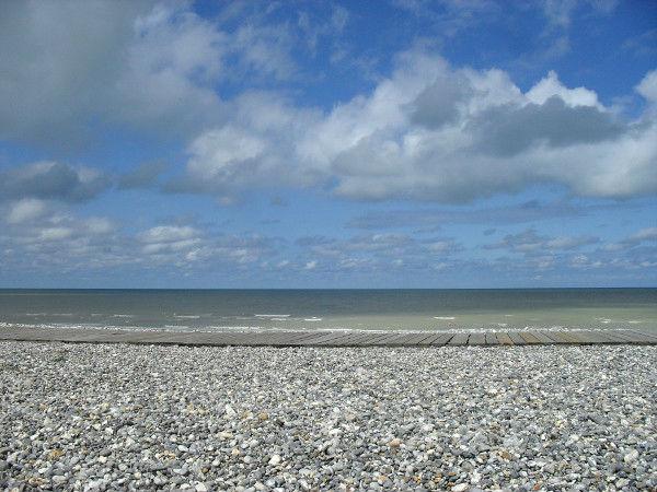 Cayeux-sur-mer - Le promenade des planches (Somme - 80410) [2011] (Photo de Didier Desmet) Juillet [Artiste Infirme Moteur Cérébral] [Infirmité Motrice Cérébrale] [IMC] [Paralysie Cérébrale] [Cerebral Palsy] [Handicap]
