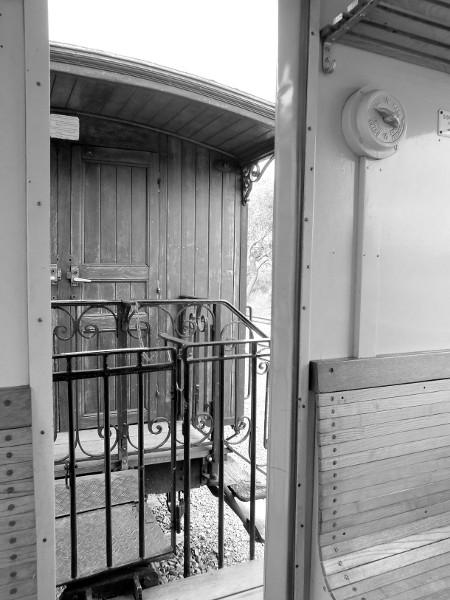 Cayeux-sur-mer - Le train (Somme - 80410) [2015] (Photo de Didier Desmet) [Artiste Infirme Moteur Cérébral] [Infirmité Motrice Cérébrale] [IMC] [Paralysie Cérébrale] [Cerebral Palsy] [Handicap]