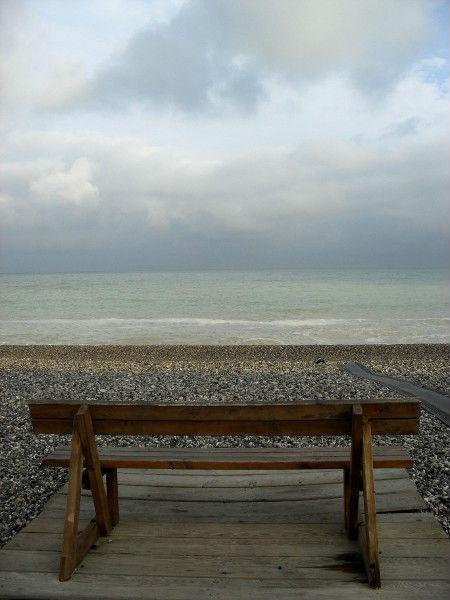 Cayeux-sur-mer (Somme - 80410) [2011] (Photo de Didier Desmet) Banc Juillet [Artiste Infirme Moteur Cérébral] [Infirmité Motrice Cérébrale] [IMC] [Paralysie Cérébrale] [Cerebral Palsy] [Handicap]