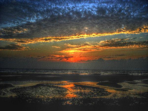 Cayeux-sur-mer (Somme - 80410) [2011] (Photo de Didier Desmet) Coucher de soleil HDR 2 [Artiste Infirme Moteur Cérébral] [Infirmité Motrice Cérébrale] [IMC] [Paralysie Cérébrale] [Cerebral Palsy] [Handicap]