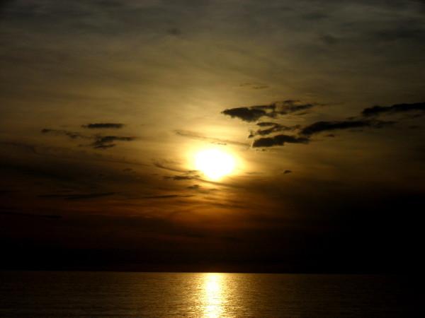 Cayeux-sur-mer (Somme - 80410) [2011] (Photo de Didier Desmet) Coucher de soleil Juin 4 [Artiste Infirme Moteur Cérébral] [Infirmité Motrice Cérébrale] [IMC] [Paralysie Cérébrale] [Cerebral Palsy] [Handicap]