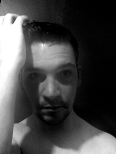 Autoportraits Essais 2016 (Photos de Didier Desmet) [Artiste Infirme Moteur Cérébral] [Infirmité Motrice Cérébrale] [IMC] [Paralysie Cérébrale] [Cerebral Palsy] [Handicap]