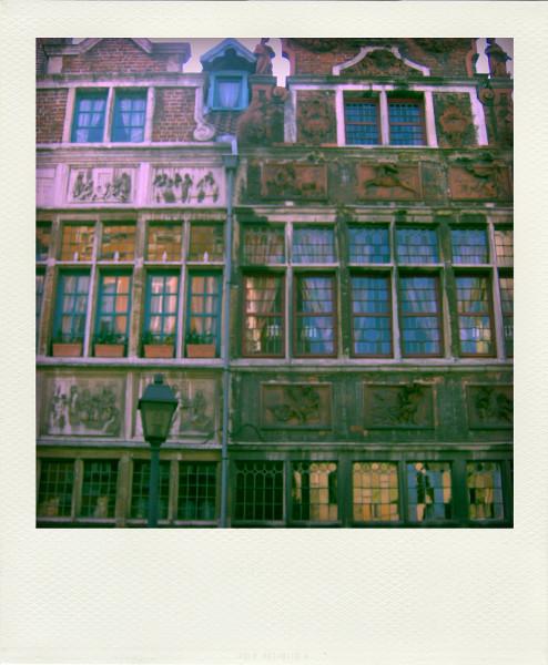 Gand (Belgique) [2009] (Photo de Didier Desmet) 4 Pola [Artiste Infirme Moteur Cérébral] [Infirmité Motrice Cérébrale] [IMC] [Paralysie Cérébrale] [Cerebral Palsy] [Handicap]