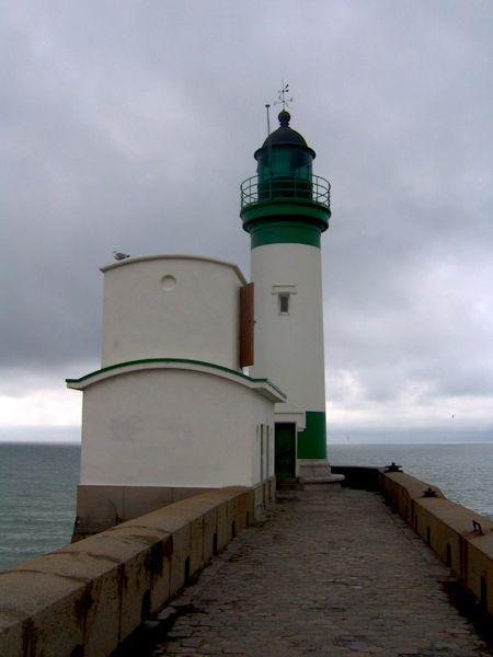 Le phare du Tréport (Seine-Maritime - 76470) [2005] (Photo de Didier Desmet) Port