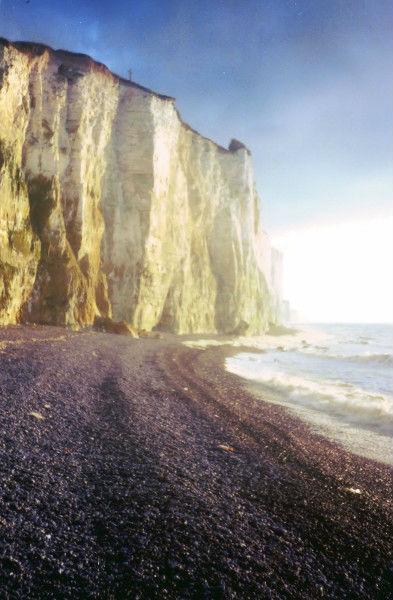 Les falaises d`Ault (Somme - 80460) [2000] (Photo de Didier Desmet) Argentique (1) [Artiste Infirme Moteur Cérébral] [Infirmité Motrice Cérébrale] [IMC] [Paralysie Cérébrale] [Cerebral Palsy] [Handicap]