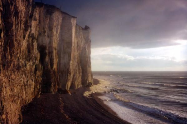 Les falaises d`Ault (Somme - 80460) [2000] (Photo de Didier Desmet) Argentique (3) [Artiste Infirme Moteur Cérébral] [Infirmité Motrice Cérébrale] [IMC] [Paralysie Cérébrale] [Cerebral Palsy] [Handicap]