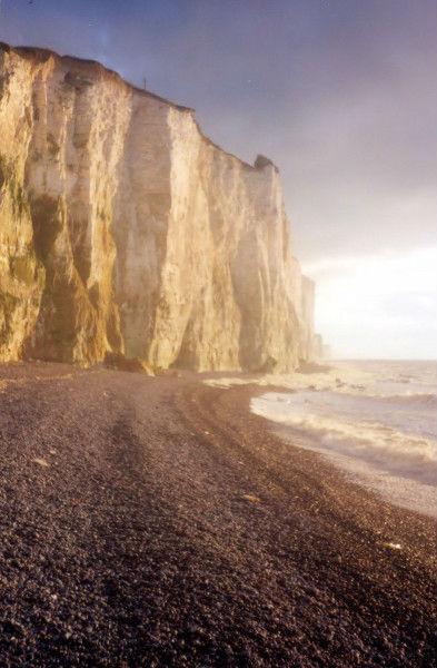 Les falaises d`Ault (Somme - 80460) [2000] (Photo de Didier Desmet) Argentique (4) [Artiste Infirme Moteur Cérébral] [Infirmité Motrice Cérébrale] [IMC] [Paralysie Cérébrale] [Cerebral Palsy] [Handicap]