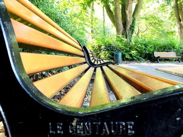 Lille - Le banc (Le centaure) (59000 - Nord) [2012] (Photo de Didier Desmet) [Artiste Infirme Moteur Cérébral] [Infirmité Motrice Cérébrale] [IMC] [Paralysie Cérébrale] [Cerebral Palsy] [Handicap]