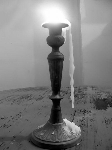 Nature morte [Essai 2006] (Photo de Didier Desmet) [Artiste Infirme Moteur Cérébral] [Infirmité Motrice Cérébrale] [IMC] [Paralysie Cérébrale] [Cerebral Palsy] [Handicap]